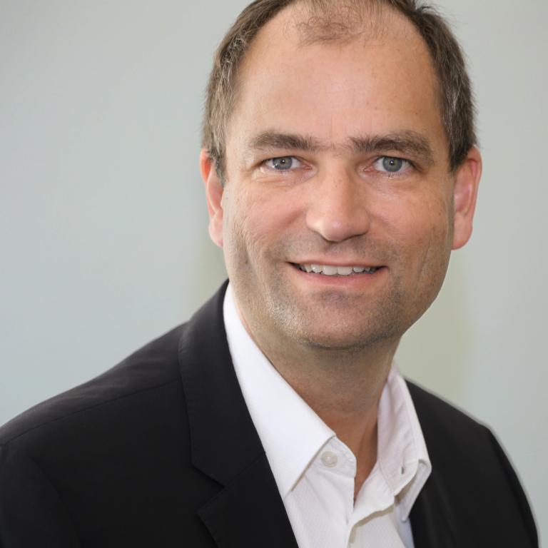 PD Dr. Hendrik Hölscher